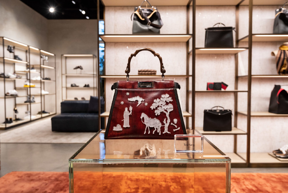 09_fendi-design-district-boutique_in-store-display_teo-yang.jpg