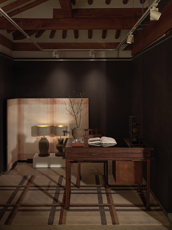 Low_(Teo Yang Studio) Yeol_Sarangbang Exhibition Photos (6).jpg