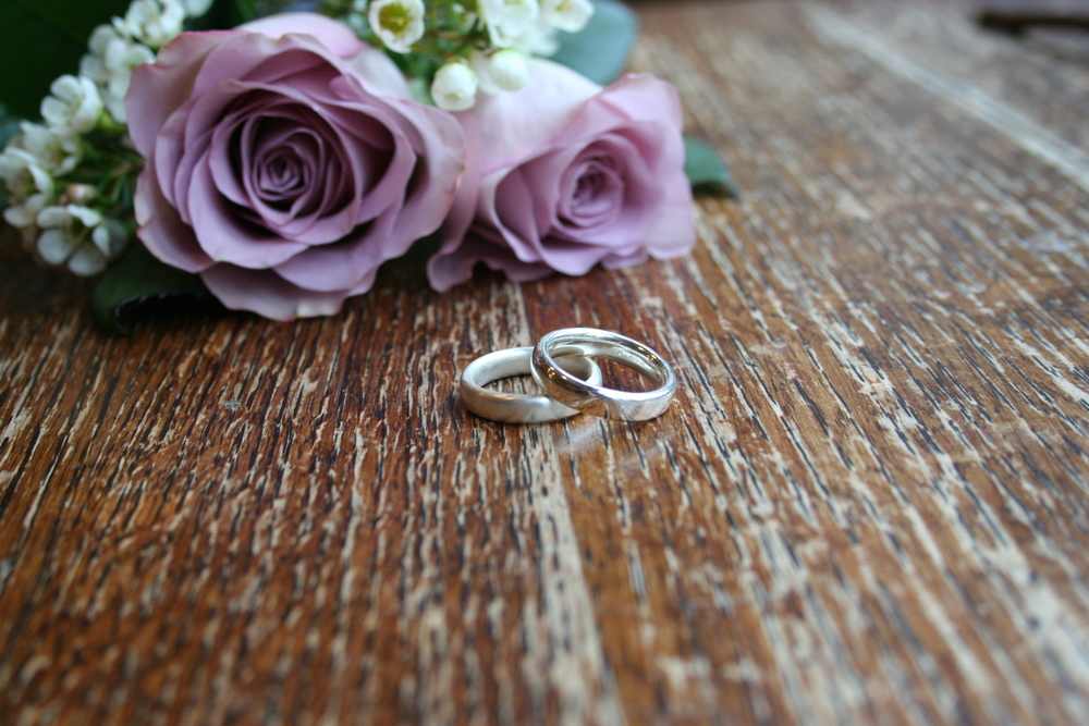 have bands on outfits engagement that romantic rings melt wedding your heart gold ring pinterest images dee best a rose