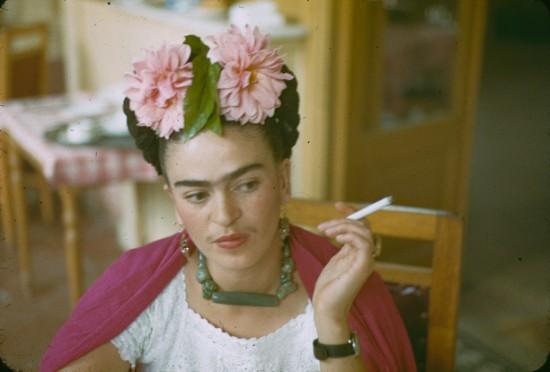 Frieda-Kahlo-550x372.jpg