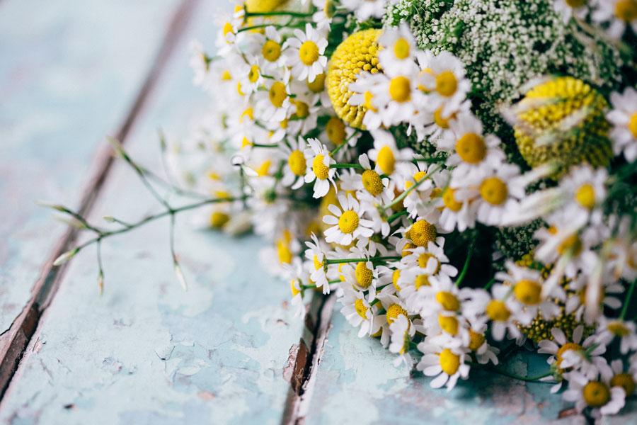 Woodland-wedding-flowers.jpg
