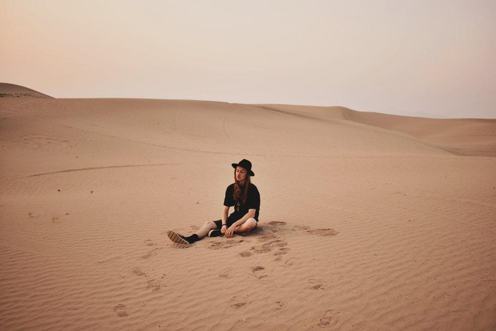 PHOTOGRAPHY & FILM - ALONEwANDERREBRANDED pROJECTfilm exploration