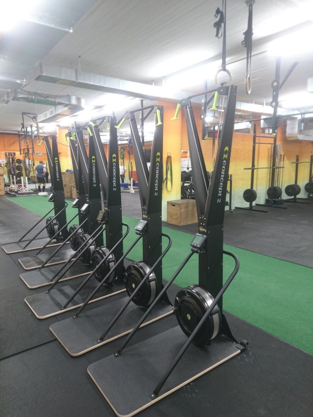 The Stage is set for today's 1k Ski erg Competition! Everyone can take part! between 7-9pm we will have some pro athletes competing including Games Athlete Lukas Esslinger and some of the fastest rowers of Switzerland