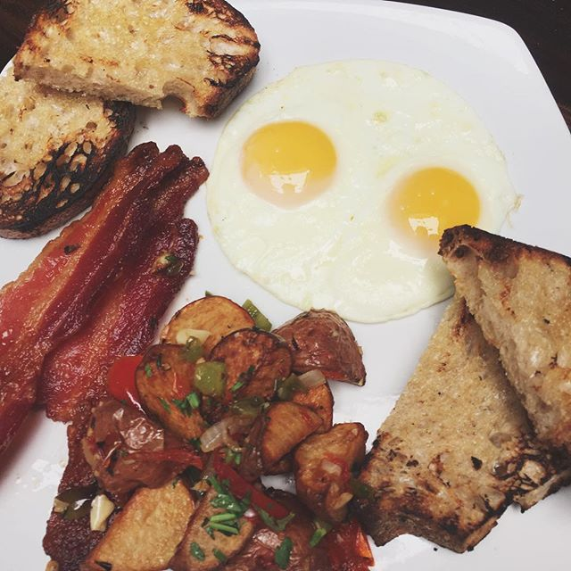 Serving Brunch until 2pm. Don't forget we have a build-your-own Bloody Mary bar and Bottomless Mimosas. #Brunch #EVOScottsdale #Breakfast