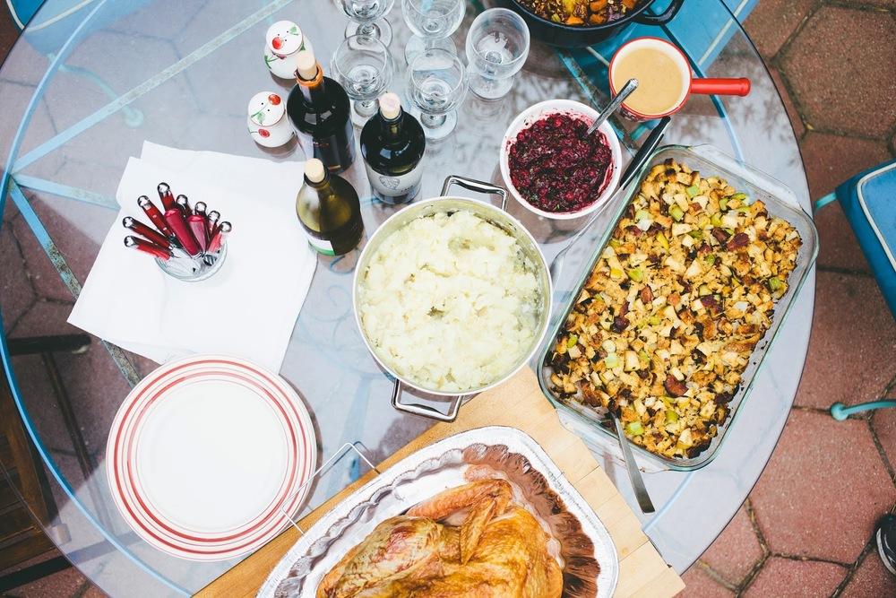thanksgiving+supper.jpg