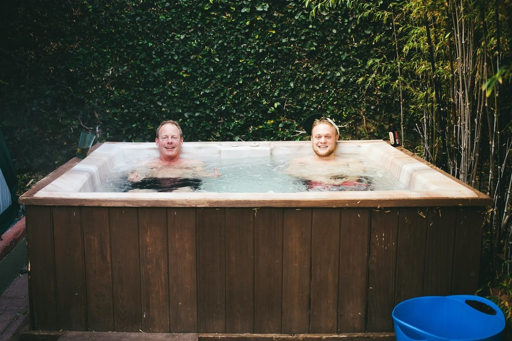 beach-house-hot-tub.jpg