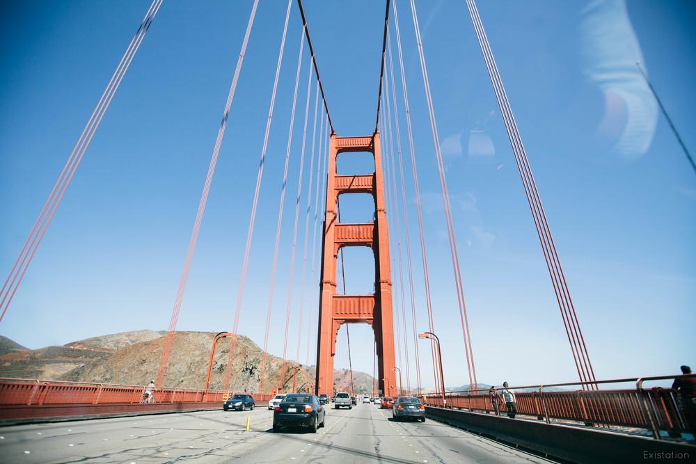 golden gate bridge crossing