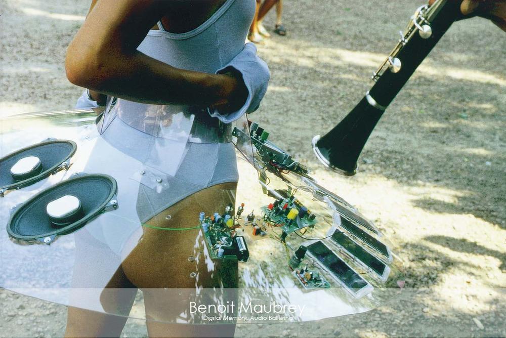 Slider Image-Benoit Maubrey-Audio-Modell.jpg
