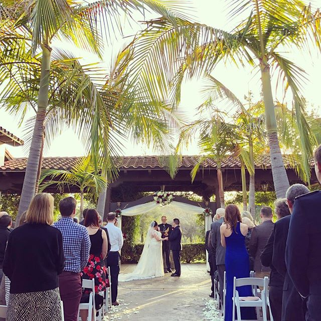 First wedding of the year! Congratulations Matt & Cheryl!  #goodtimesproductions #fallbrookca #destinationwedding #weddingfilms #palmtrees🌴 #ceremony #justmarried  Venue / @wedgewood.fallbrook  Photo / @danielkimphoto