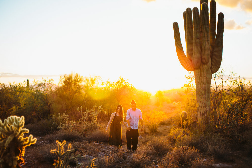 Arizona Desert Sunset Engagement Pics