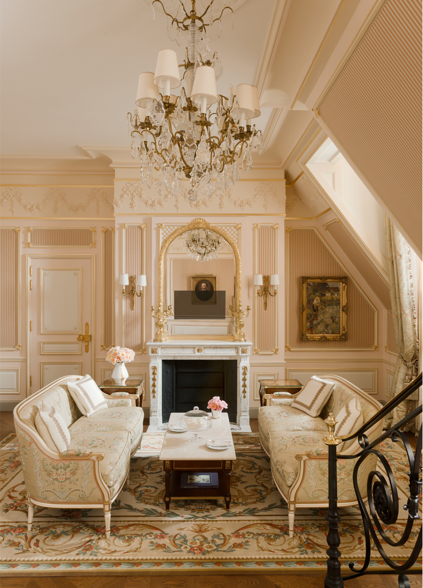 This sitting area for me is everything a French 18th century-style sitting  room should