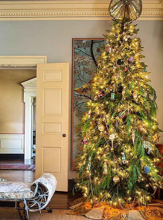 For the traditionalist, a beautifully decorated tree by interior designer Suzanne Rheinstein, originally from New Orleans