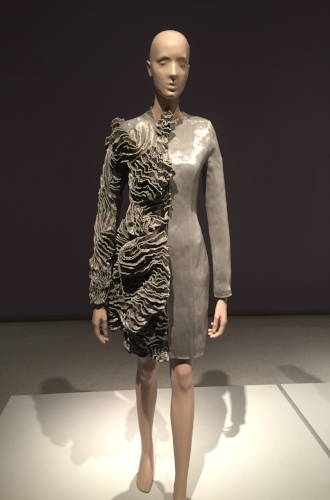 Elegant Dressing - Iris Van Herpen - Transforming Fashion - Doreen Chambers Best Interior Designer Brooklyn New York