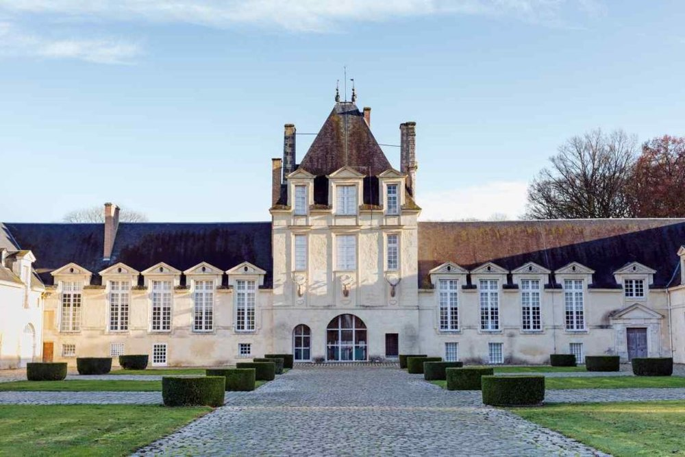 Le Jonchet Estate in the Loire Valley - World of Interiors December 2012  photography Claire Virieu