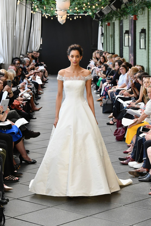 945919312-amsale-bridal-spring-2019-vogue-pr.jpg