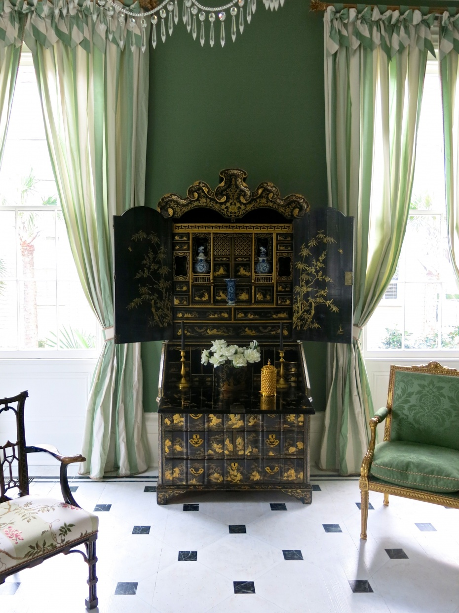Carolyne Roehm's Chinoiserie Room  - The centerpiece of the room is this exquisite 18th century secretaire in classic black lacquer decorated scenery painted in gold leaf
