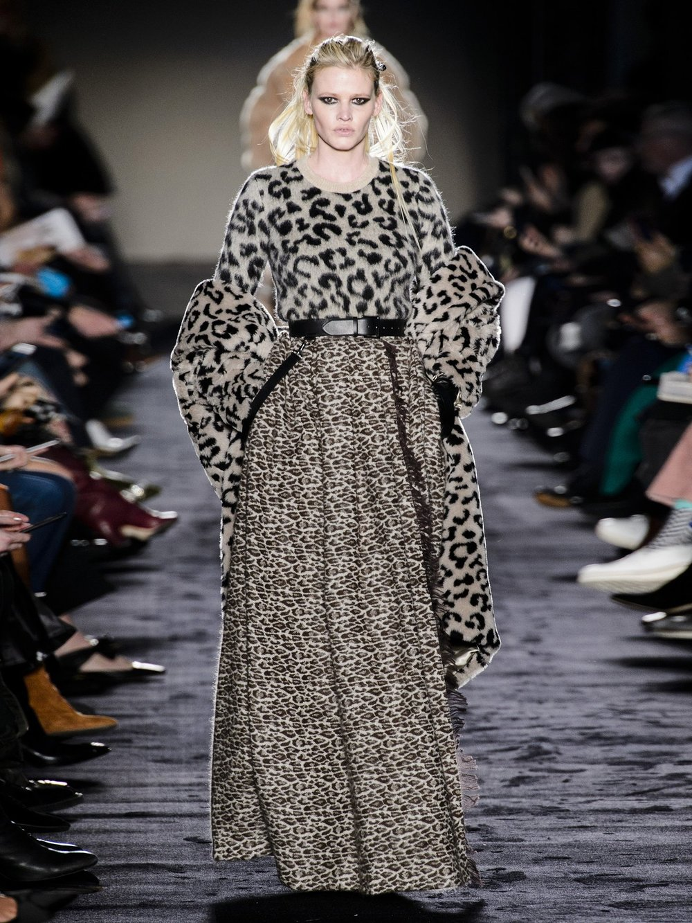 Max Mara Ready-to-Wear Fall 2018  - I looked at their collection by accident and then found myself loving a lot of the outfits, although I'd apply more restraint putting my look together for actual real life
