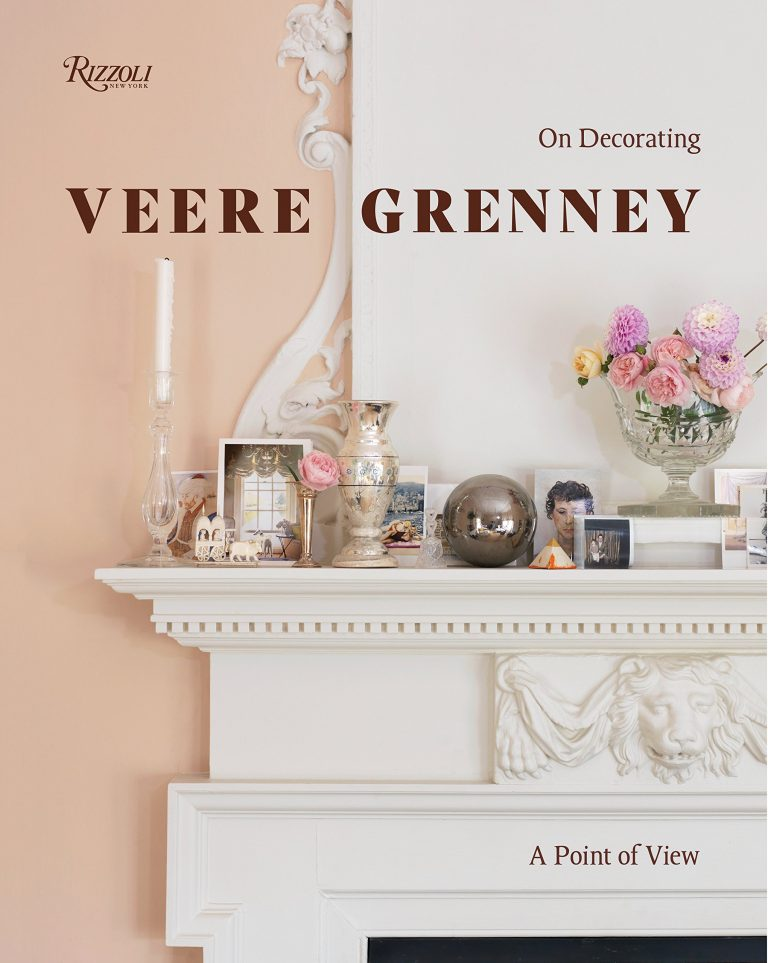 Veere Grenney: A Point of View: On Decorating  originally from New Zealand he has the quintessentially classic British interior design aesthetic nailed