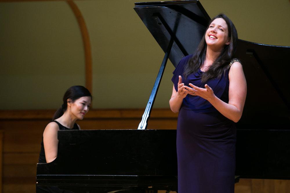 Susanna Phillips,Myra Huang