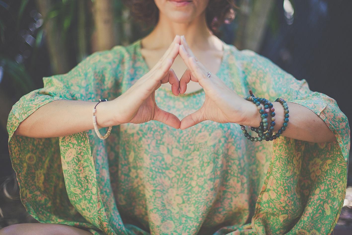йога для сердца в картинках львёнки