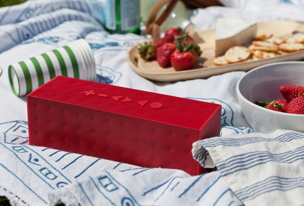 wgsn: Tech brand Jawbone's Big Jambox upgrades the portable speaker from fun size to full size, using great styling to persuade the design-conscious to invest. This thing is great. Amazing sound