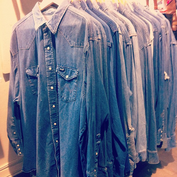 amervint: There ain't no cure for the summertime blues. 350 kr. #vintage #vintageclothing #americana #denim #vintagedenim #Wrangler #gamlabrogatan #sweden #stockholm (Taken with Instagram at AMERICANA Classic Vintage)