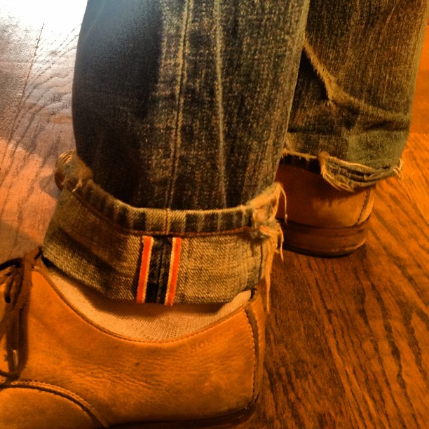Customer from Canada stopped in yesterday to pick up a new pair. These are 7 years old. Looking good. #jeanshop #jeans #jeanshopnyc #greatshot #customer #wellworn #wearthepig #denim #orangeselvedge #selvedge #vintage (at jean shop)
