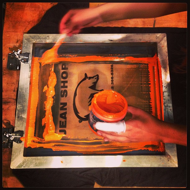 Screen printing in the shop #jeanshop #jeanshopnyc #screenprinting #wearthepig #nyc #meatpacking #printing #madeinamerica #madeinusa #custom