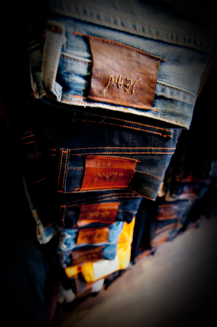 Great photo of our Jeans taken by PhotoKohKoh.