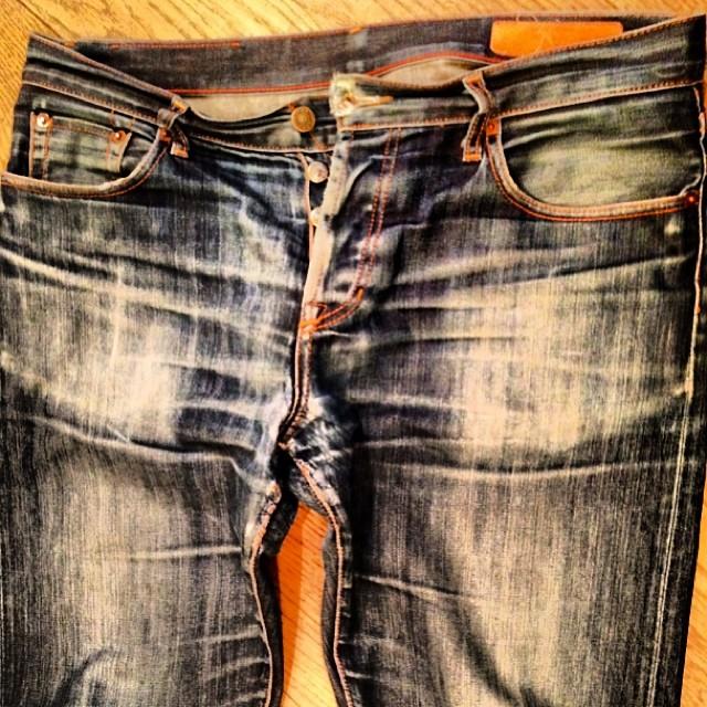 Very well worn #wearthepig #wellworn #vintage #denim #selvedge #style #jeanshop #jeans #japaneseselvedge #walloffame #shopping #cotton #madeinamerica #madeinusa #greatshot #worn #beautiful #bbbconnect #fashionweek #fashion
