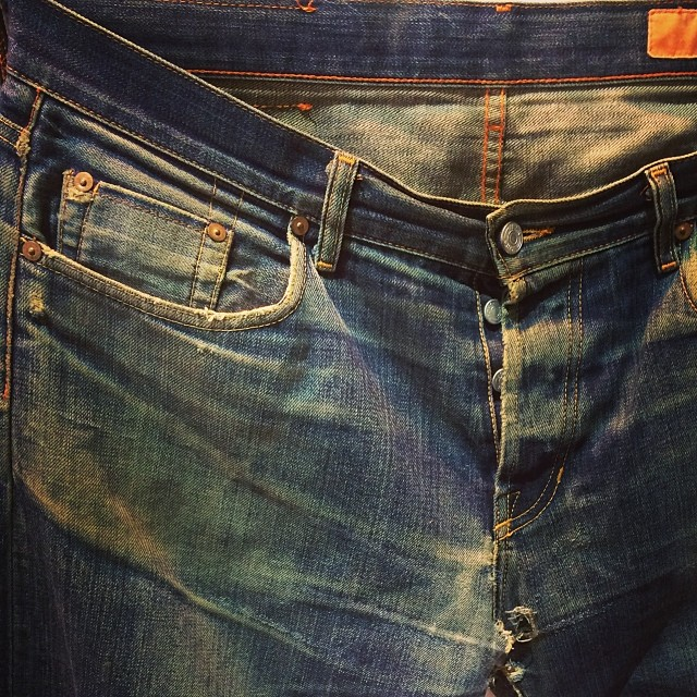 The shades of pure indigo #denimhunter #jeanshopnyc #jeans #denim #wellworn #japaneseselvedge #bbbconnect #breadandbutter #style #fashionweek #selvedge #walloffame
