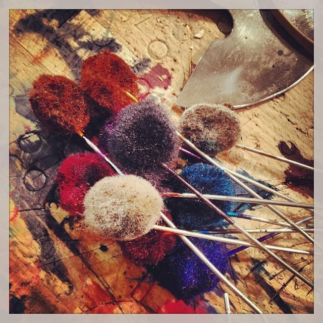 Dyeing leather. #leather #leatherwork #leathercraft #madeinamerica #madeinusa #artisan #belts #handmade #jeanshop