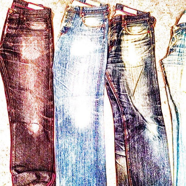 Drawing #jeanshop #jeans #selvedge #japaneseselvedge #indigo #denim #fashion #drawing #vintage #wellworn