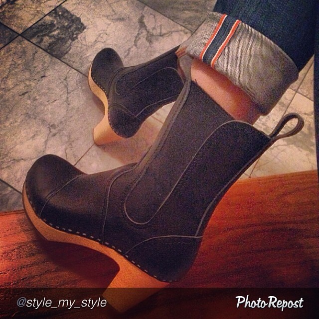 """by @style_my_style """"#swedishhasbeen#boots#clogs#style wearing #jeanshop#jeans"""" #denim #jeans #japaneseselvedge"""