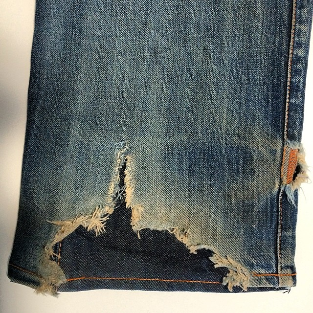 Hem repair done right. As you can see this jean is very well worn but still has life left. #repair #wellworn #jeanshop #jeans #vintage #madeinusa #fashion #denim #denimart #rawrdenim #denimhunters