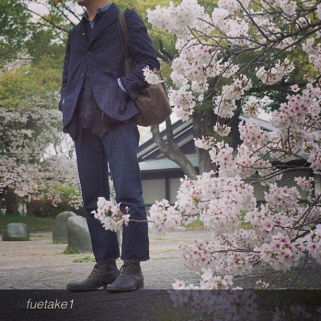 "by @fuetake1 ""#paulharnden #Jeanshop #sakura #さくら"" via @PhotoRepost_app #fashion #beautiful #greatshot #jeanshop #jeans #denim #madeinusa #menswear #wellworn #customer #flowers"