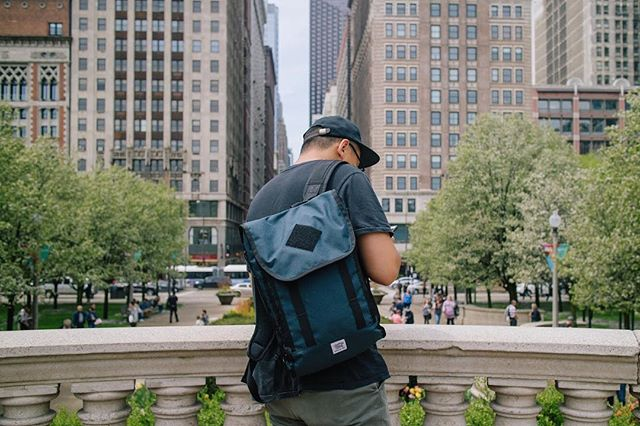 Our Work Pack bag in Chicago's Millennium Park! Where are you guys headed this summer ?  #roamwithus