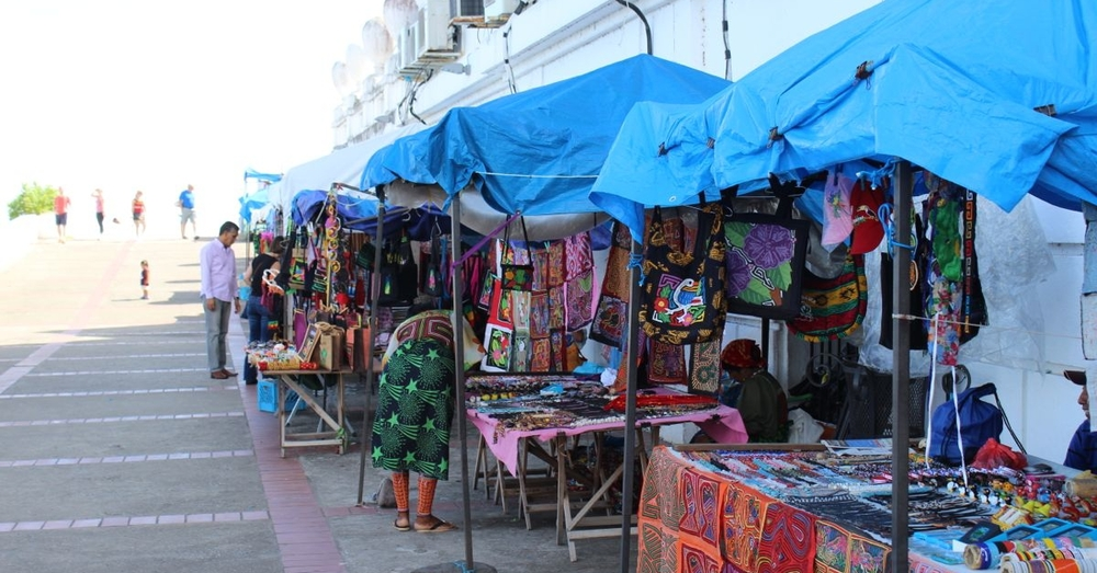 Vendors in Casco Viejo