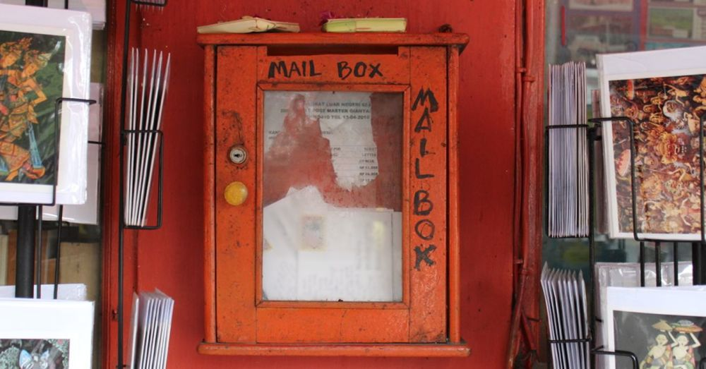 ubud-mail-box.jpg