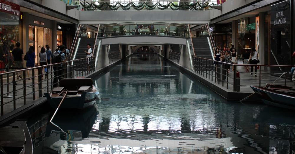 Canal in Marina Bay Sands Mall
