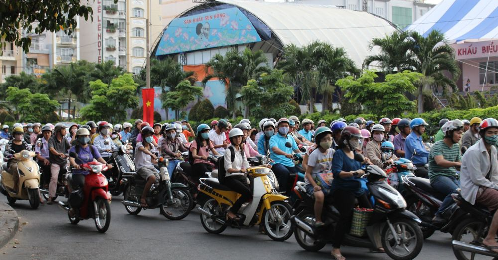 top-20-18-vietnam-traffic.jpg