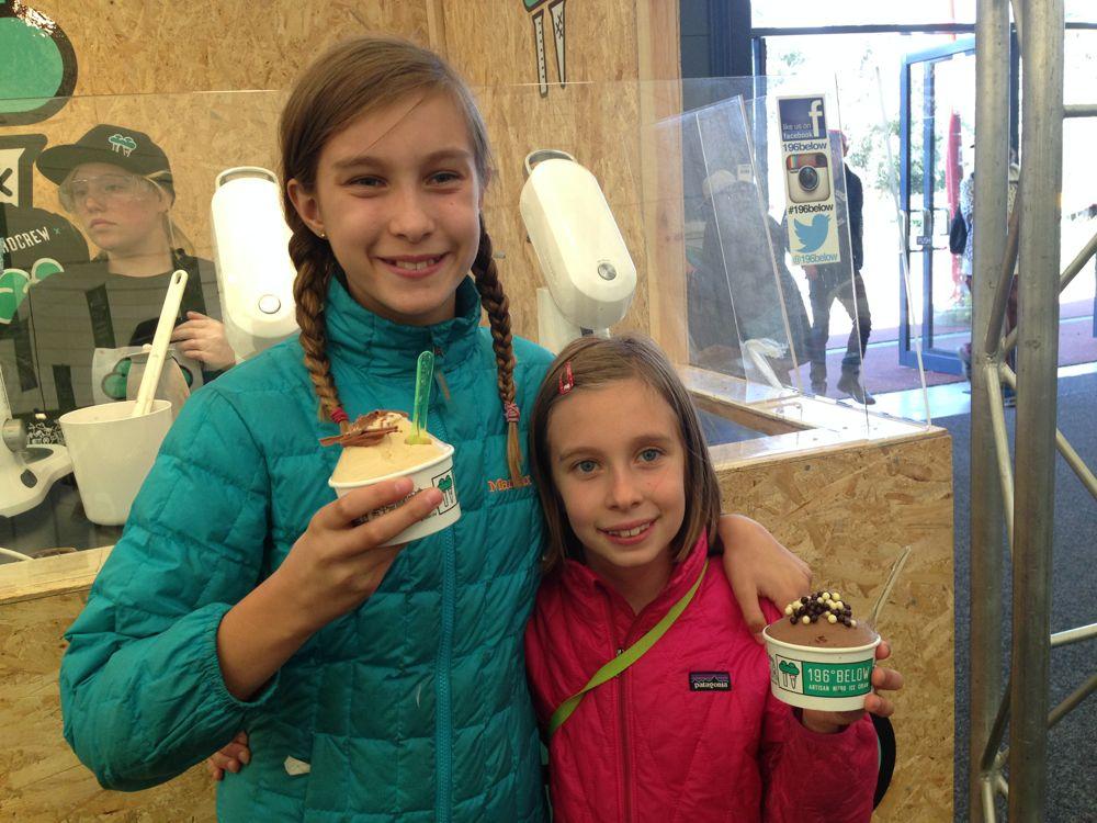 Ice cream made with liquid nitrogen