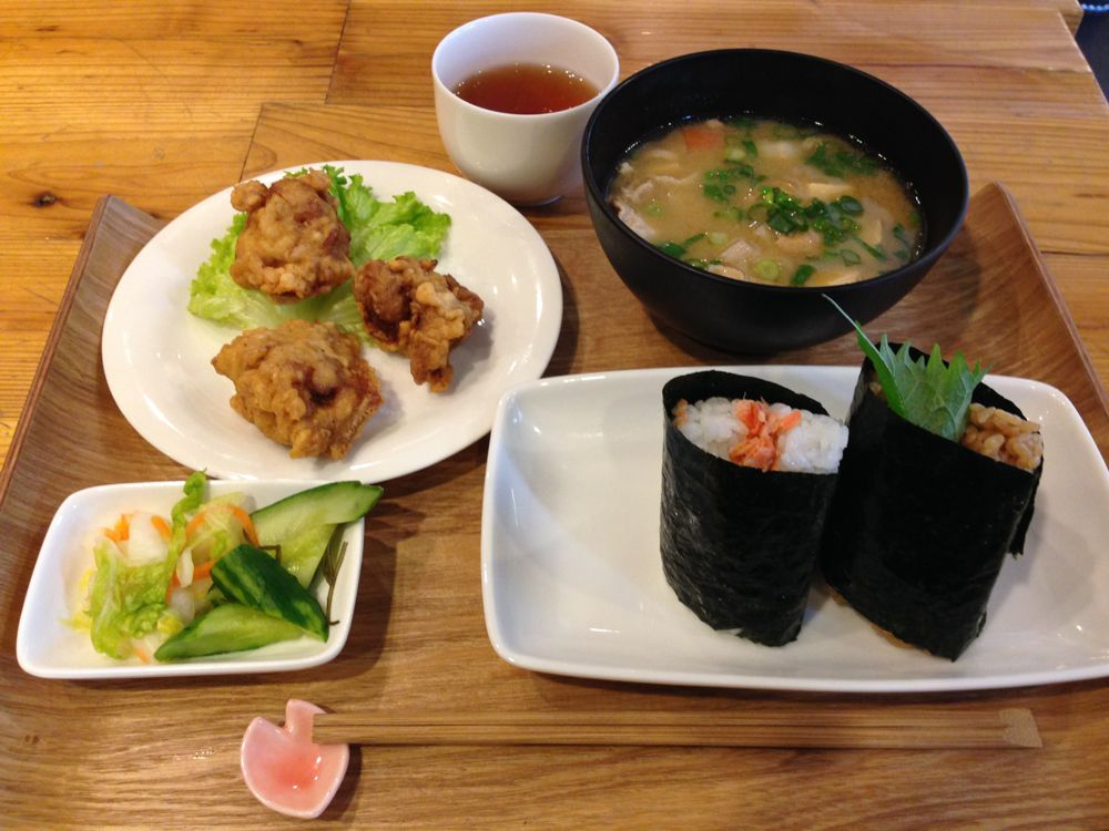 """Lunch set with the """"best onigiri"""" in Japan"""