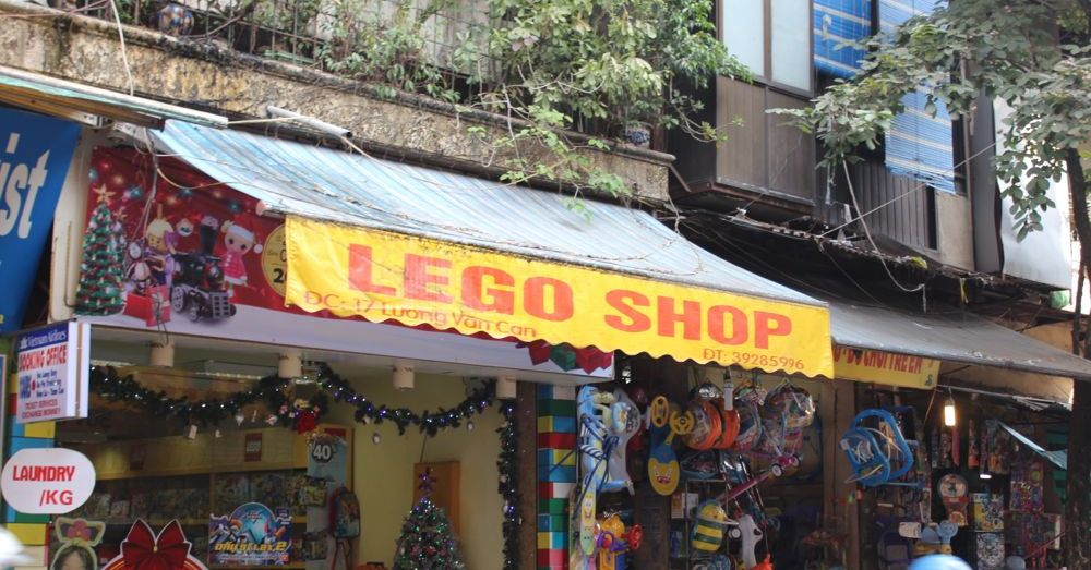 Lego Shop in Hanoi.