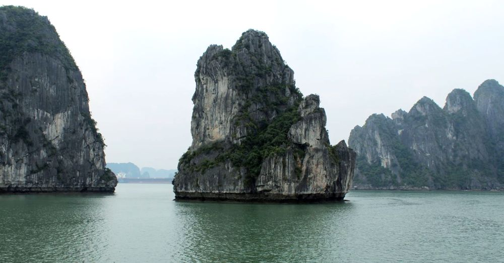 Island, Ha Long Bay