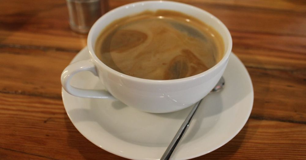 Americano, Cafe 100