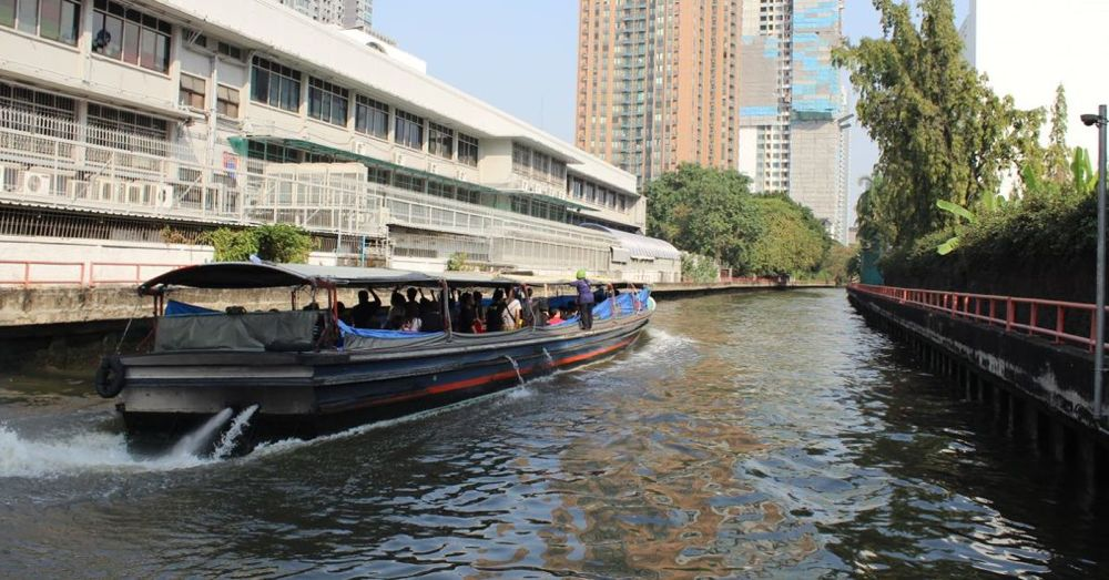 Khlong Saen Saep Express Boat on the water.