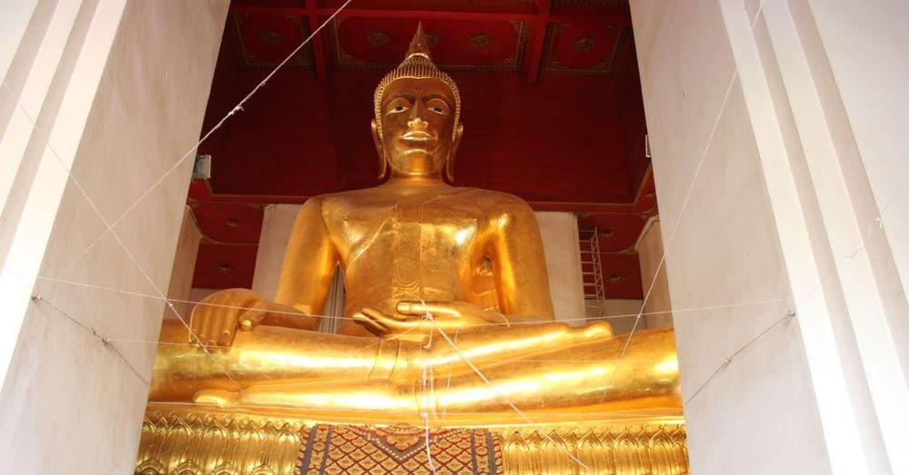 Giant bronze Buddha.