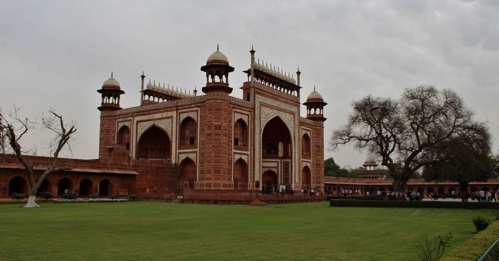 Darwaza-I-Rauza, also known as the Great Gate, entrance to the Taj Mahal.