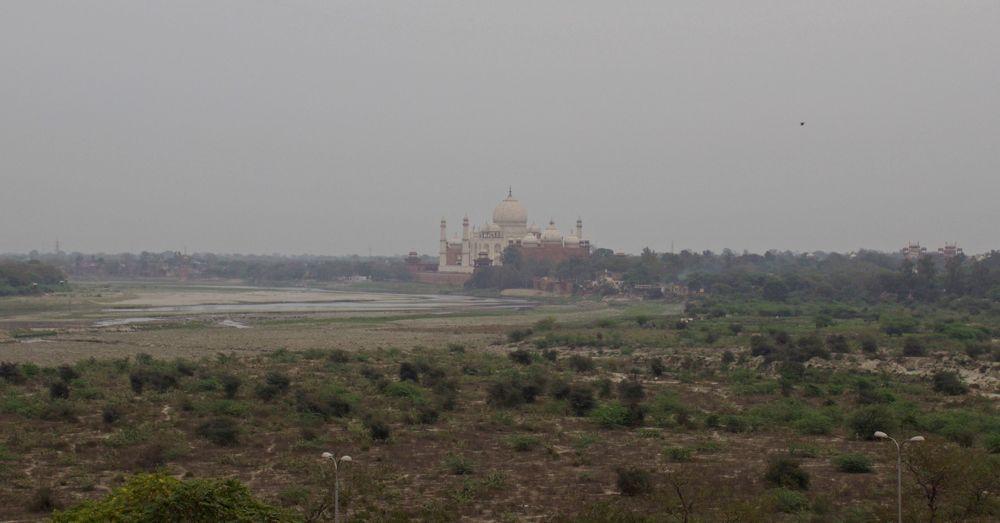 Taj Mahal in the distance.